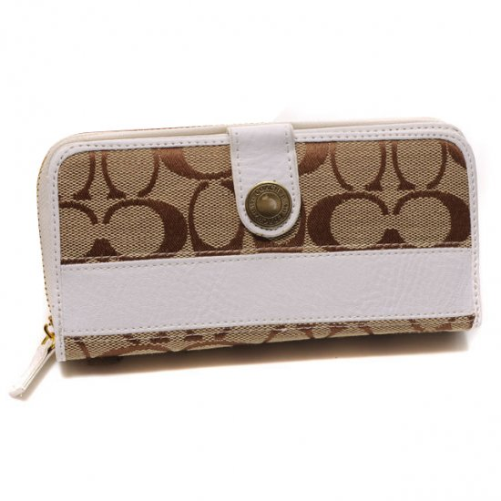Coach In Signature Large White Wallets DTT
